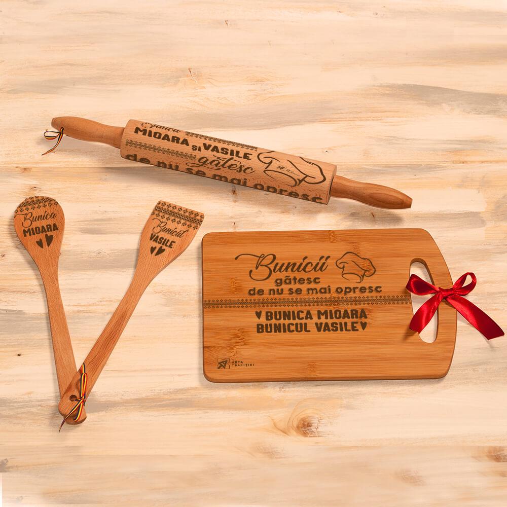 set bucatarie lemn personalizat spatula lingura sucitor tocator bunici