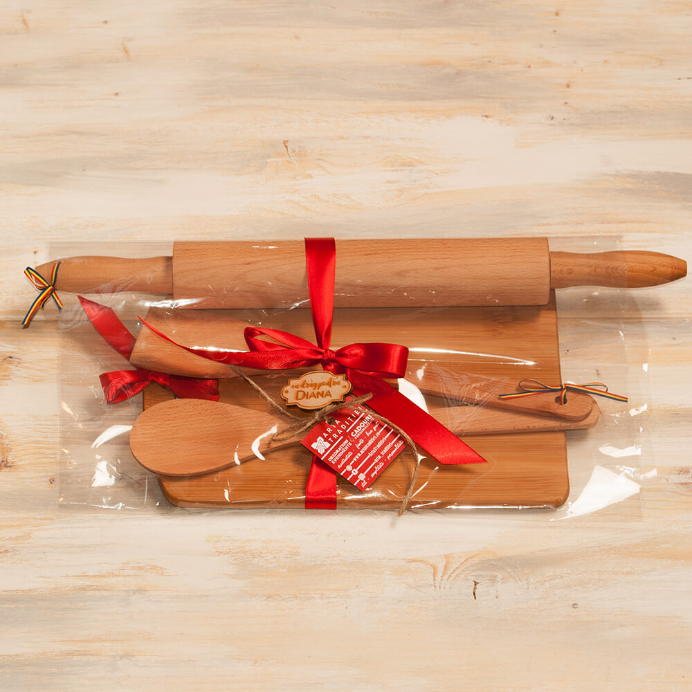 set bucatarie personalizat lingura tocator sucitor