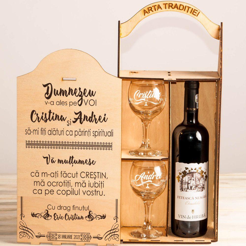 cutie vin personalizata nasi botez