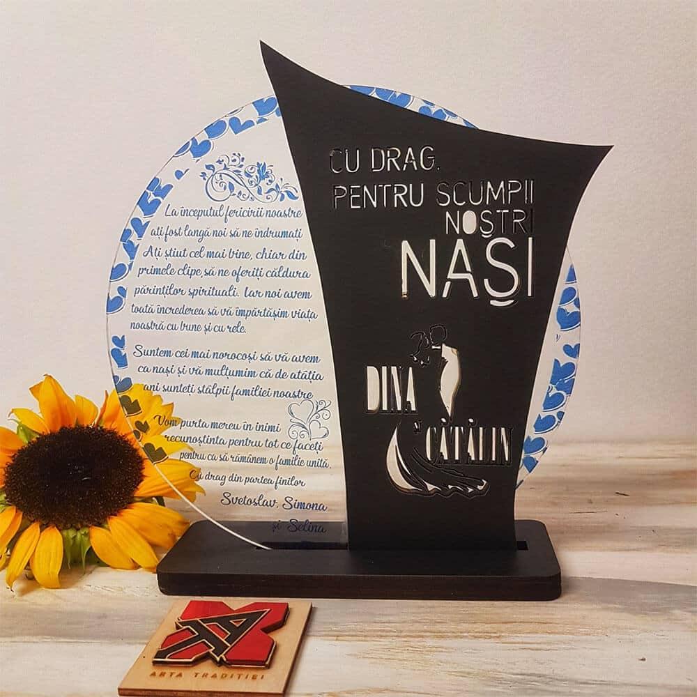 Trofeul Cupă colțuri – cadou nași-stâlpii familiei2