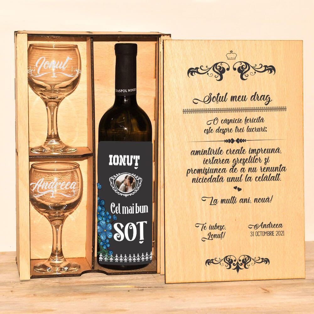 set cadou personalizat vin drept sot casnicie fericita