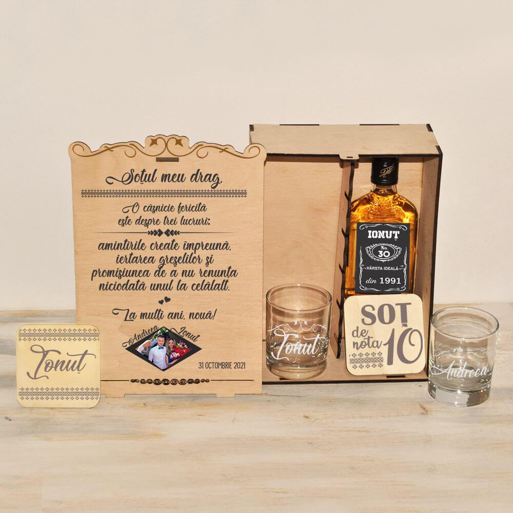 set cadou personalizat wiskey sot casnicie fericita