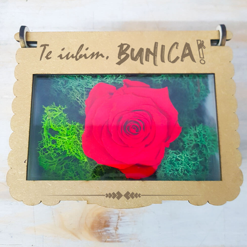 cutie cadou bunica aranjament trandafiri sapun